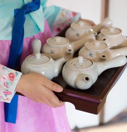 3月3日 ~ 10月30日<br> 一起感受韓屋氣氛與茶文化!<br><br>